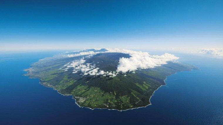 L'Ile de La Réunion dans l'océan Indien, France....