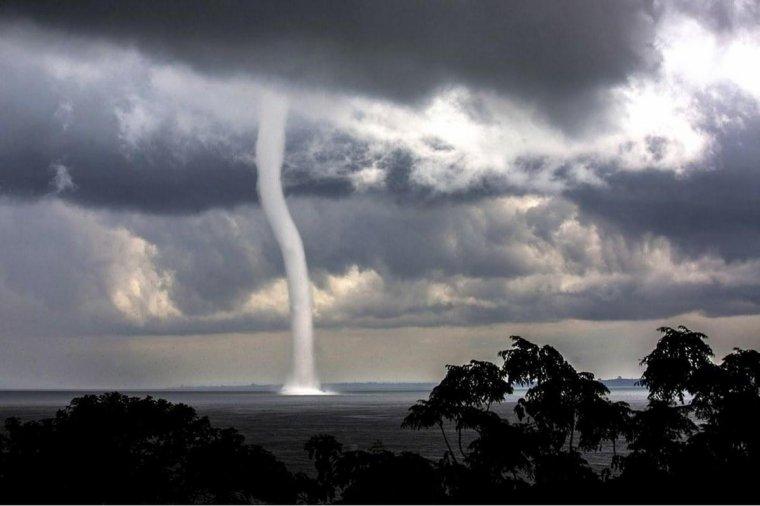 Une tornade sur le lac Victoria, en Ouganda...
