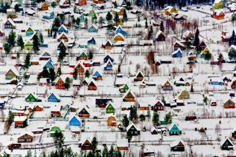 Le petit village d'Arkhangelsk, en Russie....
