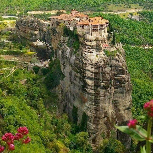 Le Monastère d'Aghia Triada,  Météora, Grèce....