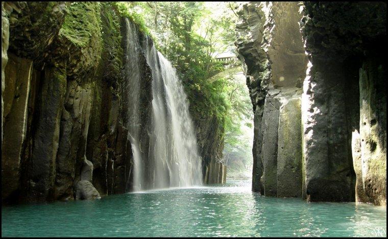 Les gorges de Takachiho, Japon.....