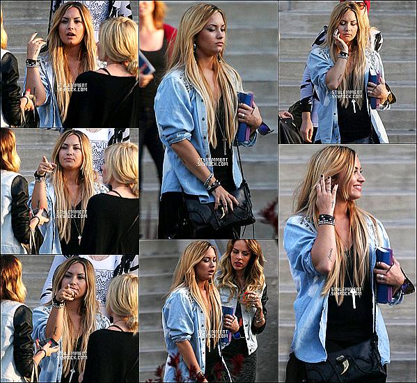 27/05/2011 | Demi a été photographié quittant la maison d'un ami à Beverly Hills.