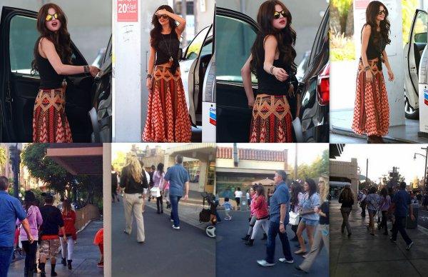 Selena est grande soeur pour la premiere fois !!