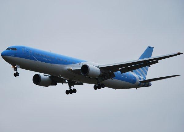 B767-300ER Jetairfly