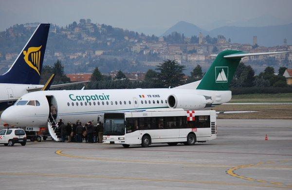 Fokker 70 de Carpatair