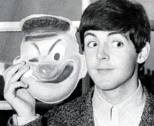 Paul & un masque