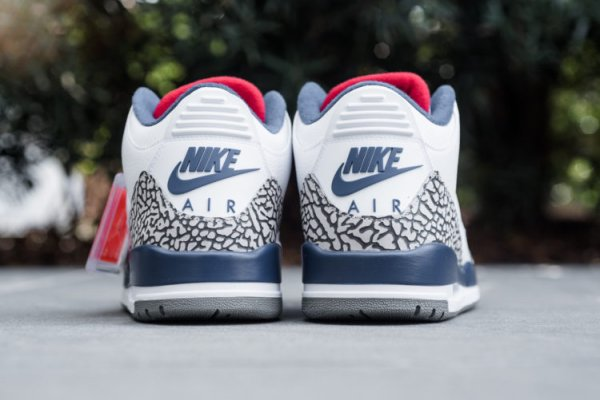 "Air Jordan 3 ""True Blue"" Returns this Black Friday,from www.sneakersbrand.co.uk"
