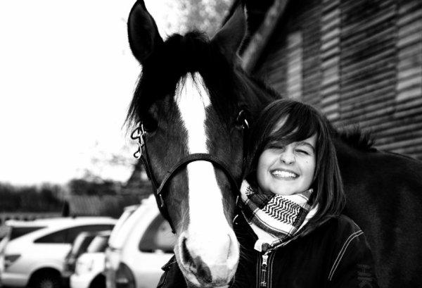 Un poney au grand coeur.