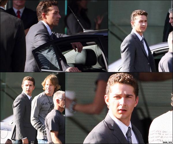 . 2 Juillet 2010 : Shia et le producteur Michael Bay ont été vu sur le tournage de Transformer 3 .