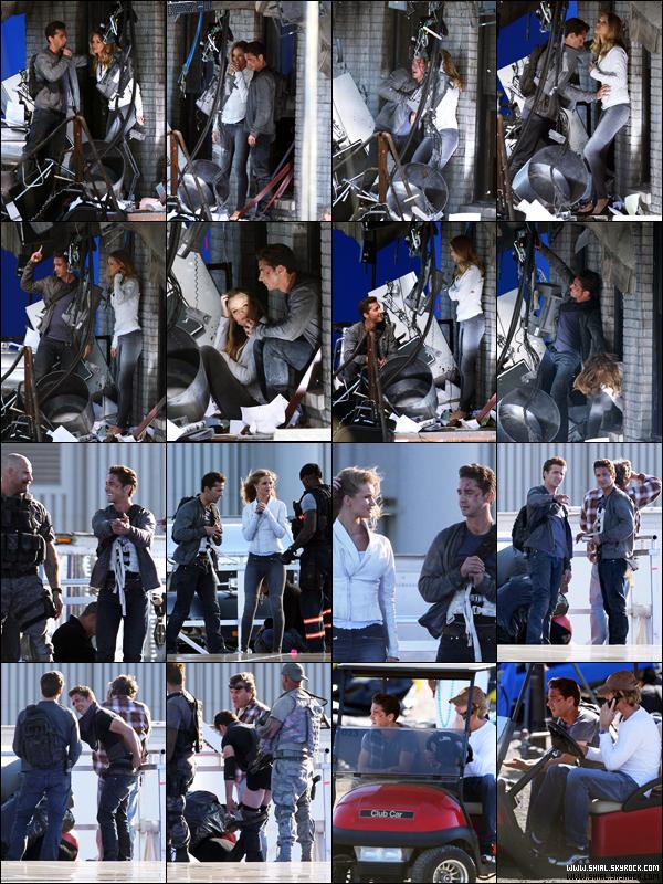 .8 Novembre 2010 : Shia, Rosie Huntington-Whiteley et Tyrese Gibson sur le tournage de Transformers 3 à Culver City près de Los Angeles en Californie. .
