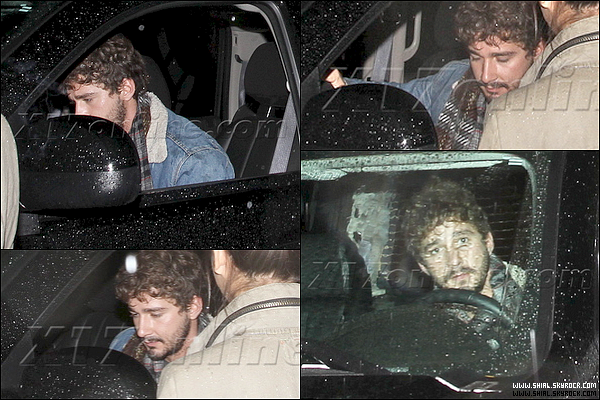 ".20 Decembre 2010 : Shia etait au Bar ""The Red Lion"" à Silver Lake, Los Angeles. ."