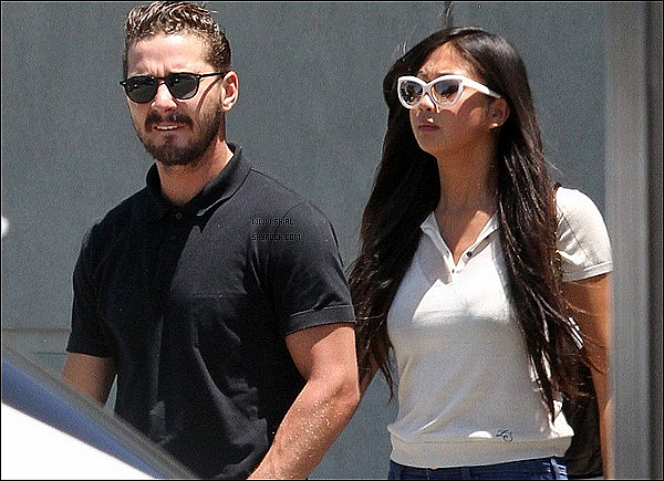 "__♦ Candids/News20 Juin 2011 : Shia et Karolyn ont été vu sortant du magasin ""Auto Body Shop"", Sherman Oaks."