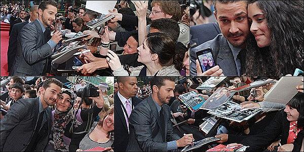 __♦ Promotion25 Juin 2011 : Shia et le cast de Transformers 3 à la première à Berlin. Il a pris le temps de signer quelques autographe et prendre quelques photos. ______________