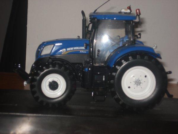 un ford 7810 un new holland t7.210 et case magnum 310