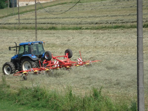 new holland ts100 plus faneuse potinger 8 toupies trainer