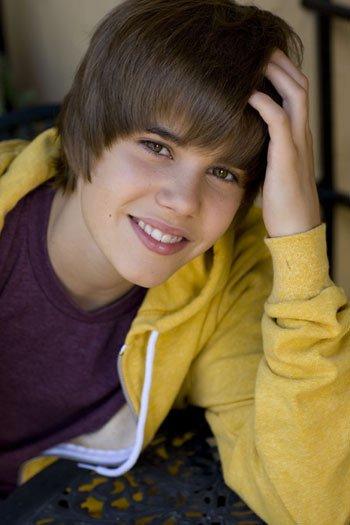 CC! Petite biographie de  Justin bieber