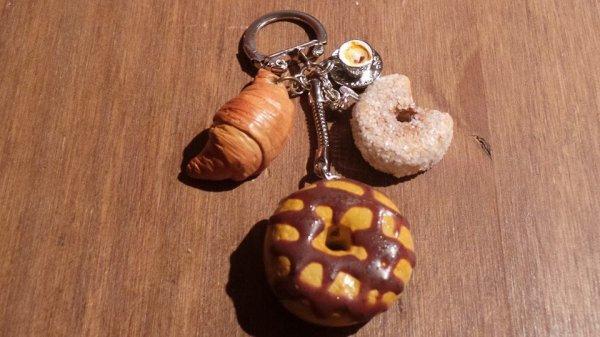 """porte clés """"Viennoiserie Gourmandes"""" ♥"""