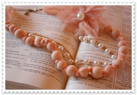 Soyons créatif. Manon S.R vous souhaite la bienvenue sur son blog lecture.
