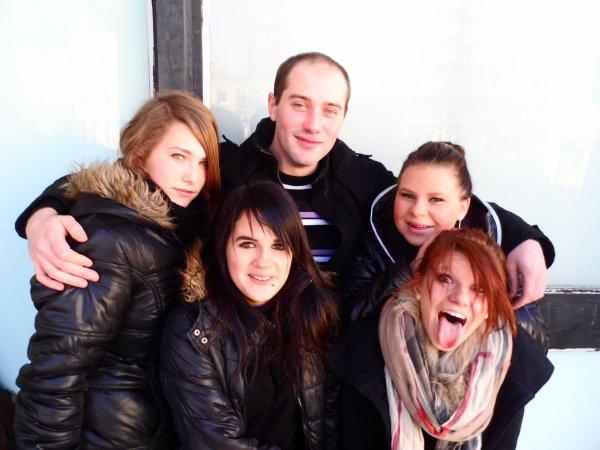 mes folles et moi lol :)