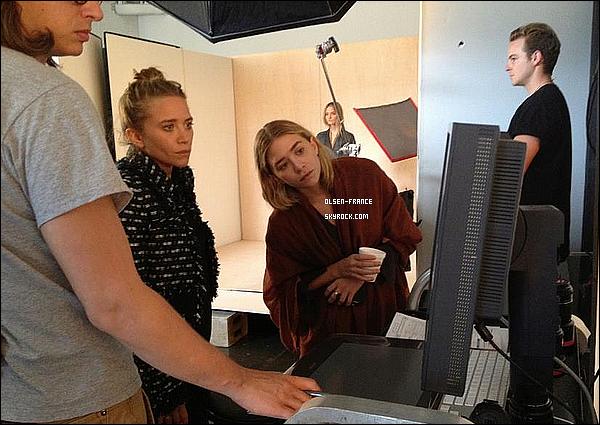 Les filles sur le set du photoshoot pour le prochain LookBook E&J The Spring 2013.