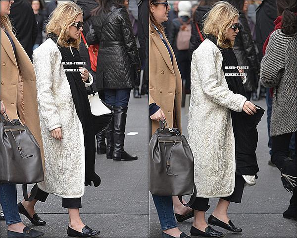 16 février : Les jumelles Olsen ont été repérée - ensemble dans les rues de Manhattan dans New-York.