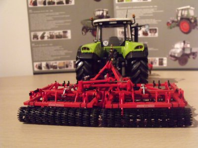 Gregore & besson Planidisk + Précilitor + Claas arion 640