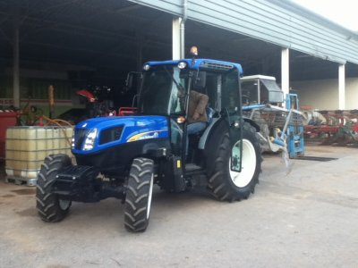 New Holland T400 F