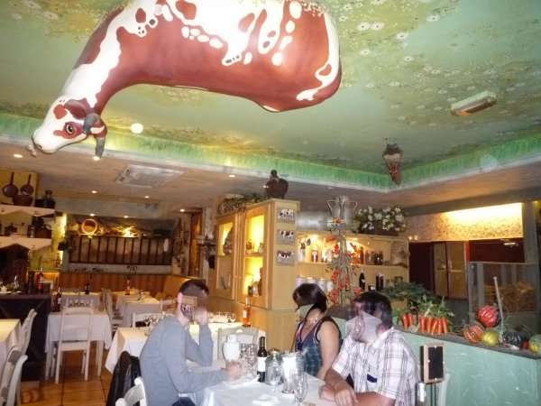 La Vache au Plafond