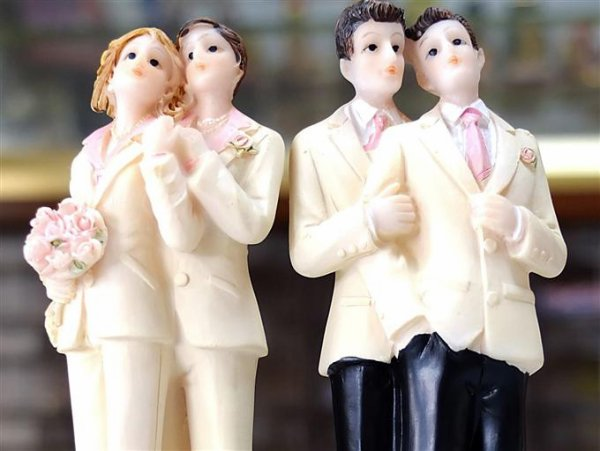Mariage gay : et pourquoi pas...