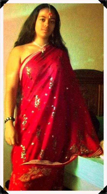 En mode traditionnelle * en Sari *