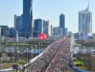 L'ASPTT Nice était au Marathon de Vienne 2013