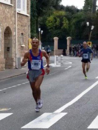 Courir pour une Fleur 2014 – Victoire de Nathalie Saupagna (9,4 km), podium scratch pour Maximilien Maccio (21,1 km)