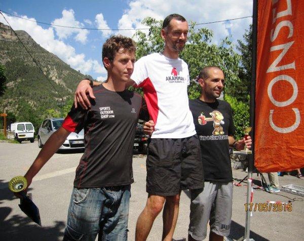 Trail de Massoins – Victoire d'Amaury D'Ayrenx (13 km), Guillaume Abry 2ème (20 km) Podiums Catégorie pour Camille Hahling et Sylvie Carmino