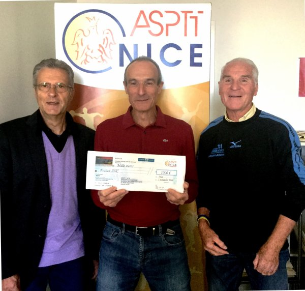 L'Ascension du Col  de Vence 2016 - Remise de chèque à l'Association France AVC