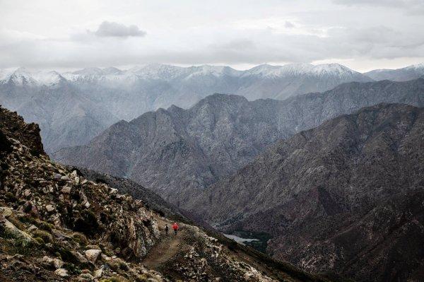 Ultra Trail Atlas Toubkal 2018 (Maroc) - Amandine Ginouves 3ème dans la tempête !