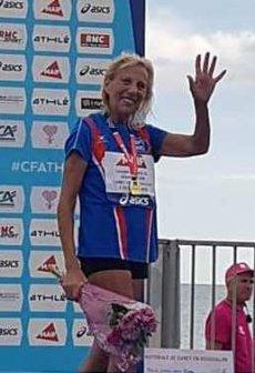 """Masters 80-85 ans : Yolande Marchal """"pulvérise"""" le record du monde du Mile (1609 m)"""