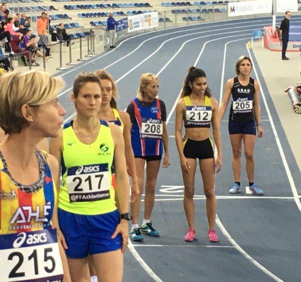 Yolande Marchal explose les records du monde du 800 m et du 1500 m (Miramas, 13)