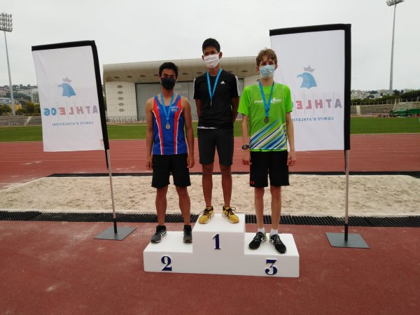 Départementaux 2021 (Nice) - David Demarty Champion Master 4 sur 5000 m......... Sitsana Manivong Vice-Champion Cadet au Poids et au Javelot