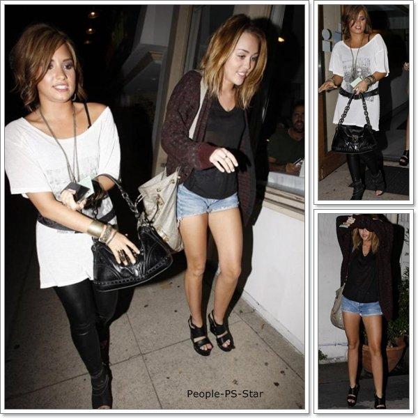Demi Lovato et Miley Cyrus[/c=#ffadfe] sont sortis dans un restaurant manger des Sushis