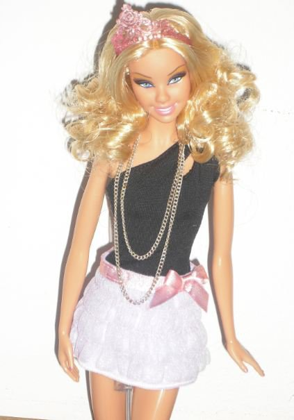 ma barbie basic remis a mon gout !