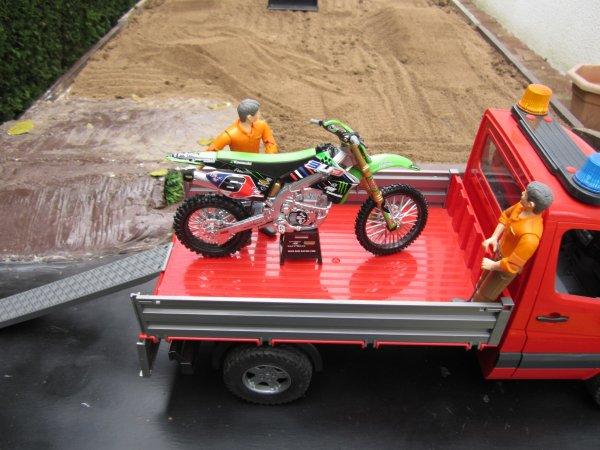 Un peu de TP avec la création d'un terrain de motocross !!