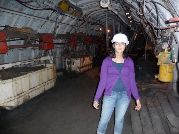 olivia dans les mines de charbon de st etienne dans la loire