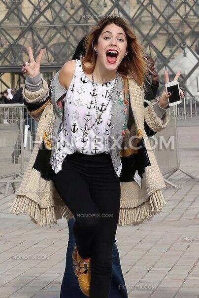 Martina lors de son passage a Paris