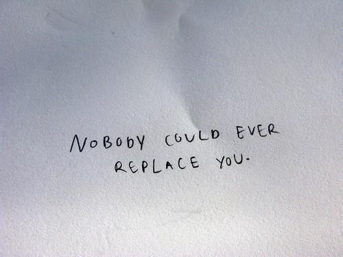 Je ne pense pas à toi tout le temps, mais quand je le fais, je me demande pourquoi.