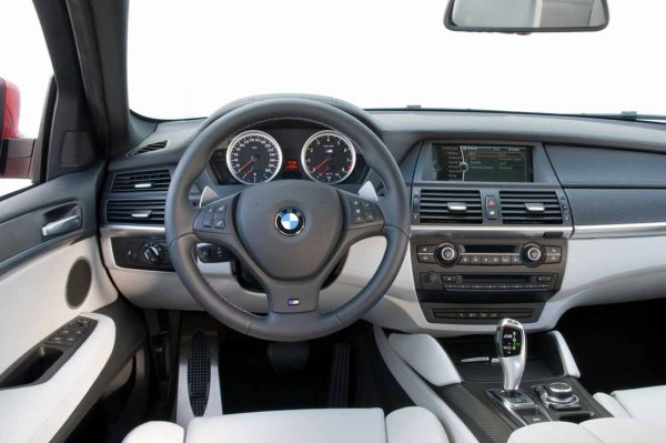 La BMW X6-M