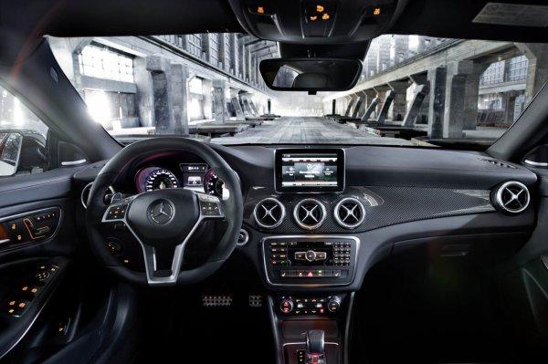 La Mercedes CLA 45 AMG