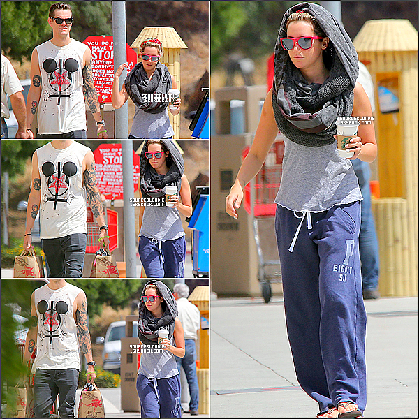 - 21/05/13 → Le couple se promenant, prennant du bon temps ensemble dans Toluca Lake. Simple ... Puis le couple a ete aprecue sortant ensemble de Trader Joe's dans Toluca Lake. Bizarre l'echarpe -