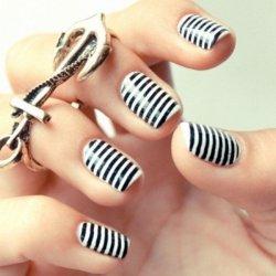 Manicure raiyée ♥