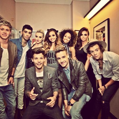 Les One Direction et les Little Mix.♥