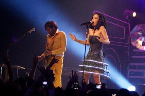 Jen en concert le 7 octobre 2011 ANZIN Théâtre